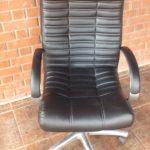 Пример перетяжки кресла руководителя