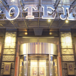 Фото работ в холле отеля Петр 1