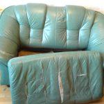 Ремонт кожаного дивана